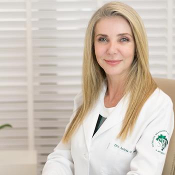 Dra. Andrea C. Belli